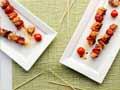 Brochetas de pollo a la parrilla con salsa de tamarindo  - receta por Denisse Oller