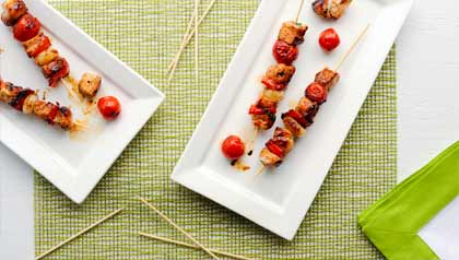 Grilled chicken kebabs with tamarind sauce - recipe by Denisse Oller
