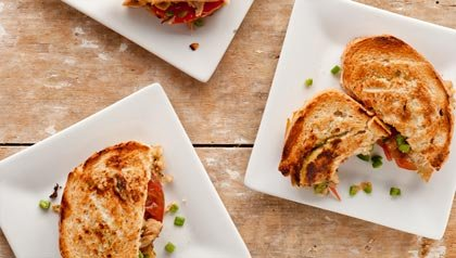 Pork panini with honey and jalapeño mustard - Recipe by Denisse Oller