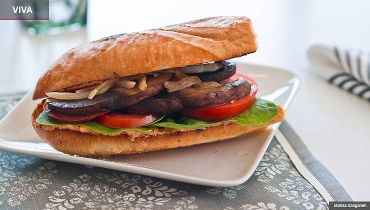 Sándwich de portobello con chipotle