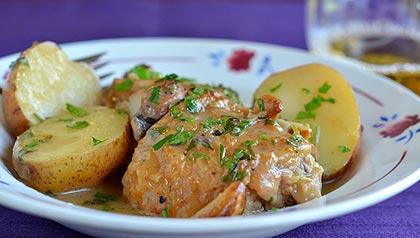 Tres platos que aumentan su libido - Pollo estofado con cuarenta dientes de ajo