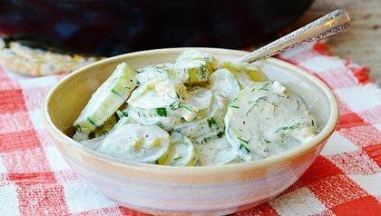 Estofado de pepinos con eneldo y crema agria - Receta de Pam Anderson