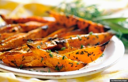 Baked herbed potato wedges