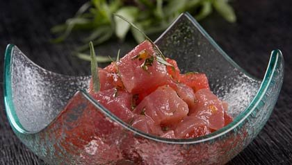 Ceviche de salmón - Receta del Chef Douglas Rodríguez