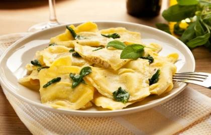 Receta de raviolis de avellana con queso ricotta
