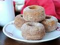 Donut de manzana con azúcar espolvorada - Mejores golocinas para usted