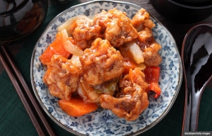 Sweet and sour pork, easy Chinese recipes. (Stockbyte/Getty Images)