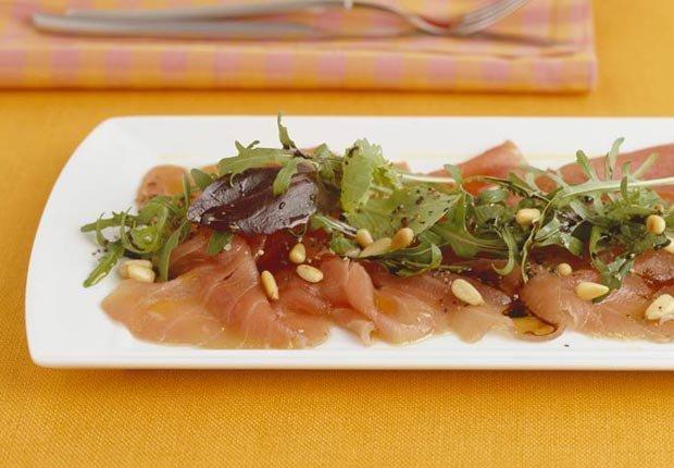 Atún marinado con nueces - Recetas para el día de la madre