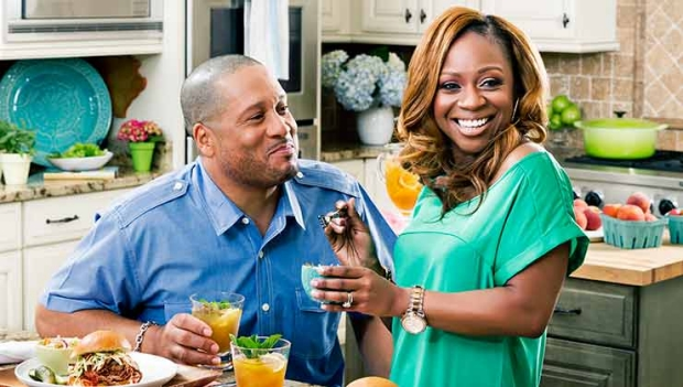 Celebrity chefs Pat and Gina Neely talk Boston butts and basting, Family Food