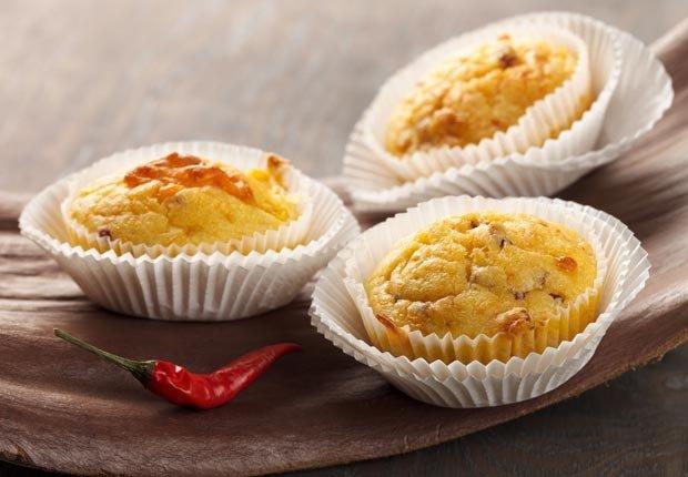 Muffins de papa dulce y maíz con jalapeños