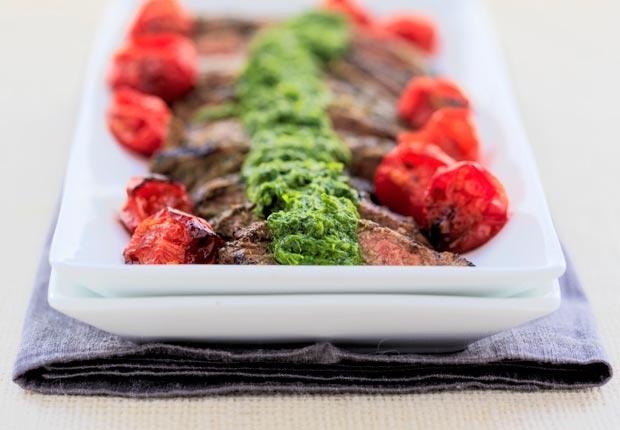 Churrasco con chimichurri- 10 recetas para celebrar el Día del Padre