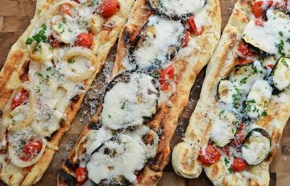 Receta de una pizza vegetariana cocinada a la parrilla - Receta de Pam Anderson