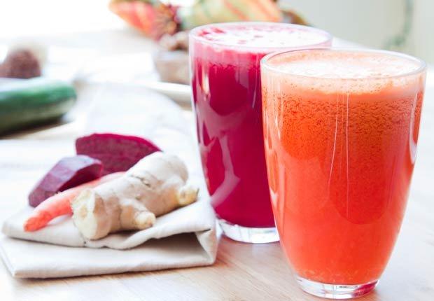 Jugo de perejil, zanahoria y jengibre - Recetas de jugos saludables de fruta fresca