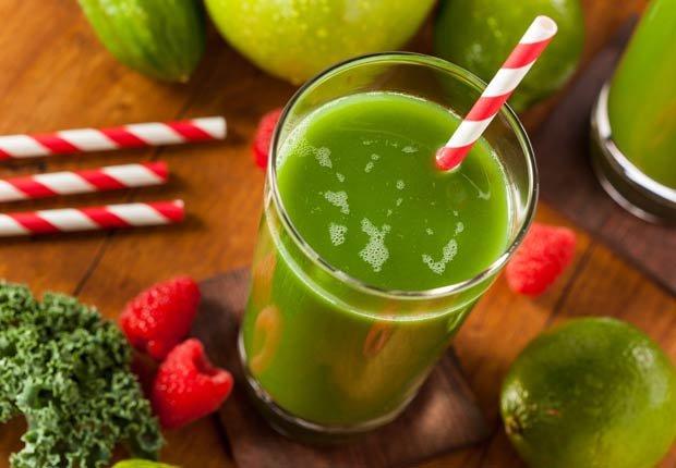 Jugo de kiwi y frambuesa - Recetas de jugos saludables de fruta fresca