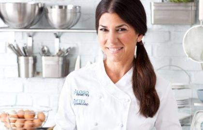 Chef Lourdes Castro en la cocina