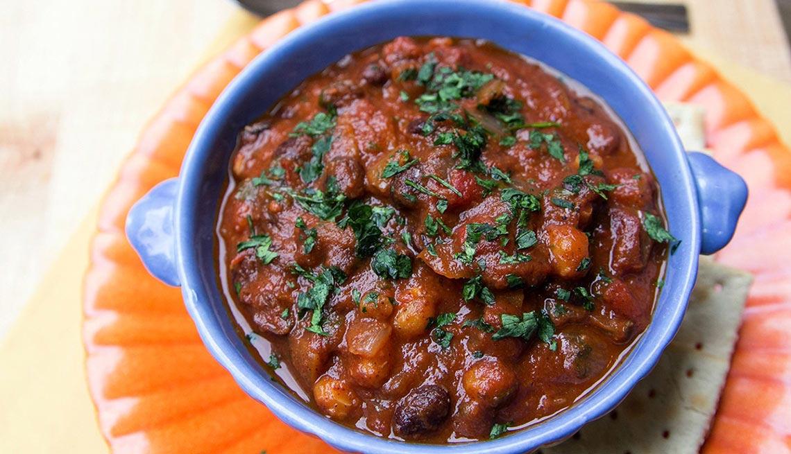 item 3 of Gallery image - Chili vegetariano