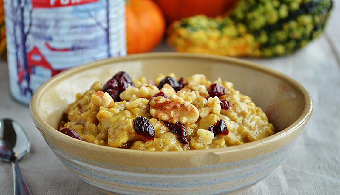Eat these foods for healthy skin pumpkin oatmeal with walnuts and dried cranberries dishes that are good for your skin forumfinder Choice Image
