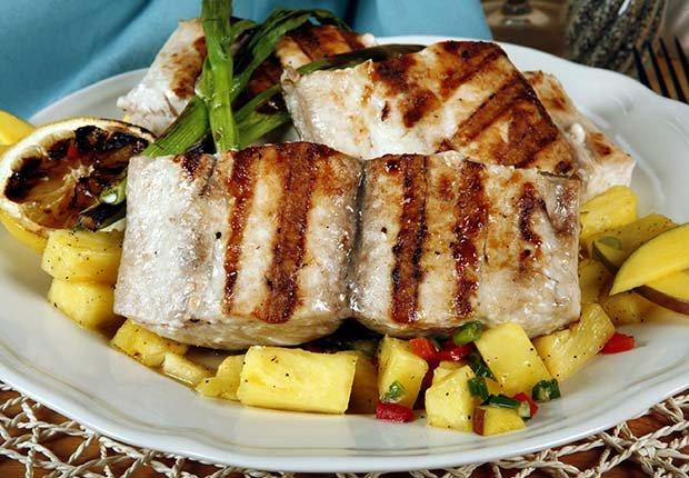 10 maneras de preparar el pescado aarp