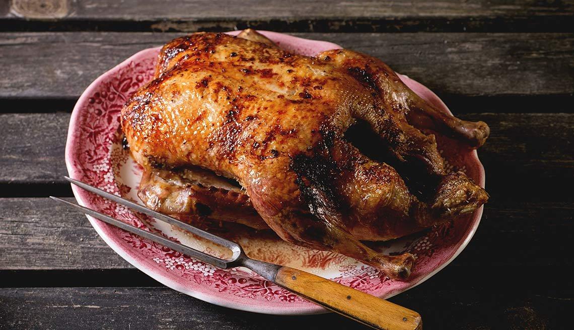 Pato barbarie con salsa de cardamomo y relleno de nabos