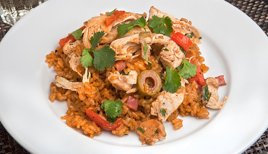 Arroz con pollo a la colombiana