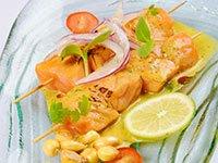 Anticuchos de salmón