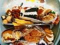 Variedad de platos y comidas - Comer compulsivamente