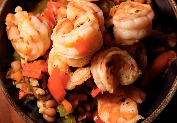 Recetas de camarones con sabor latino - Camarones con frijoles