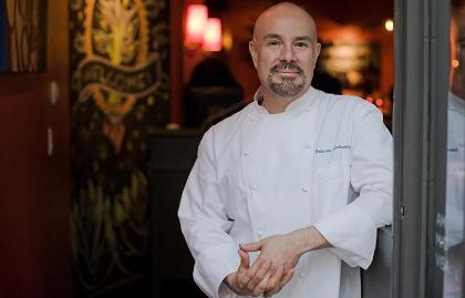 Chef Roberto Santibañez