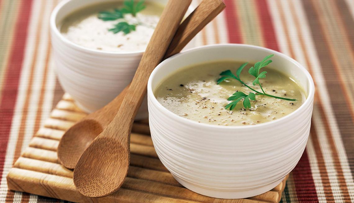 Sopas livianas y nutritivas para las noches calurosas