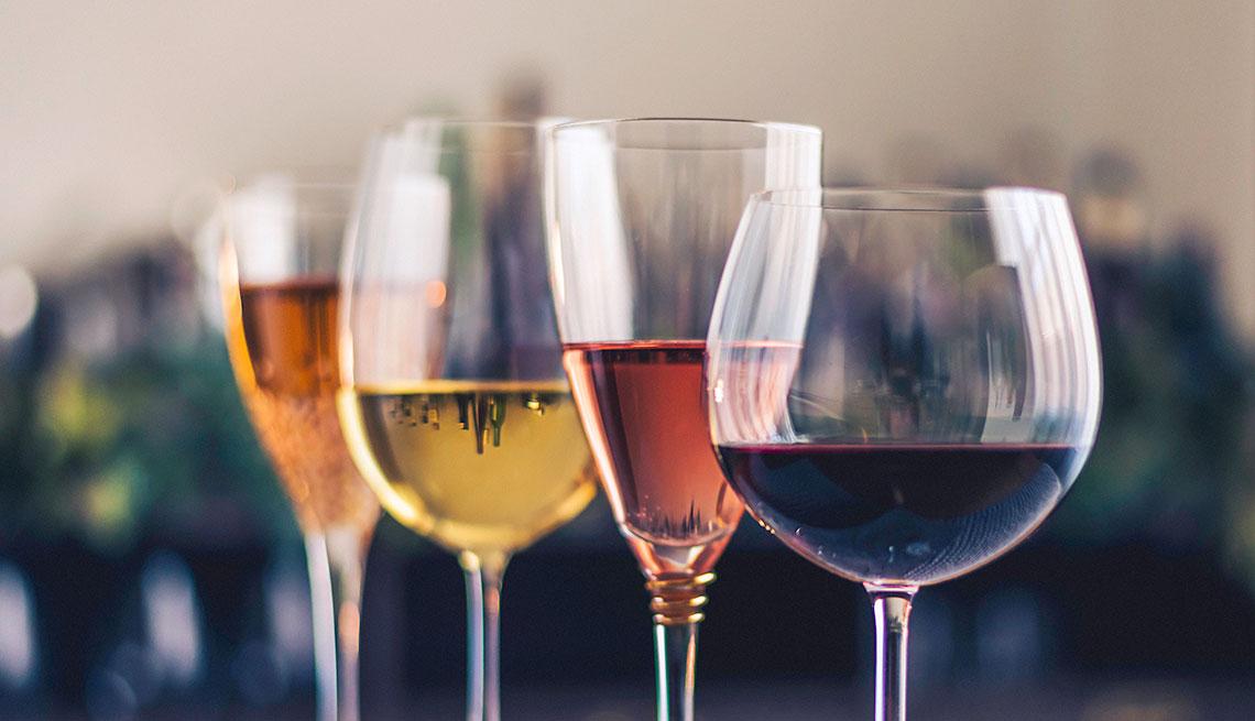 item 7 of Gallery image - Copas con vino