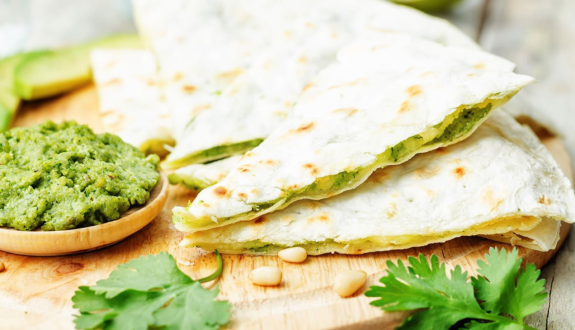 item 5 of Gallery image - Quesadilla de guacamole