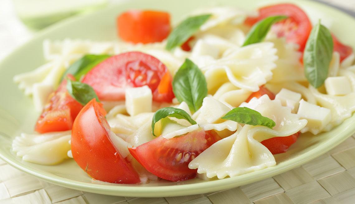 item 3 of Gallery image - Ensalada de pasta y tomate