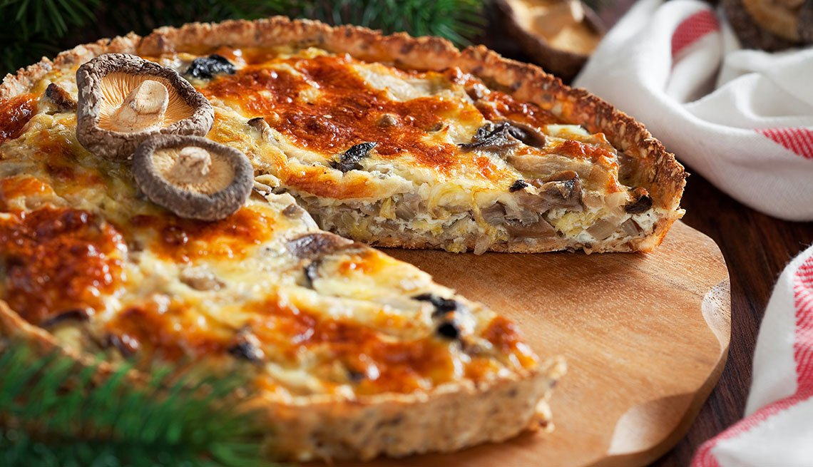 item 1 of Gallery image - Quiche de hongos