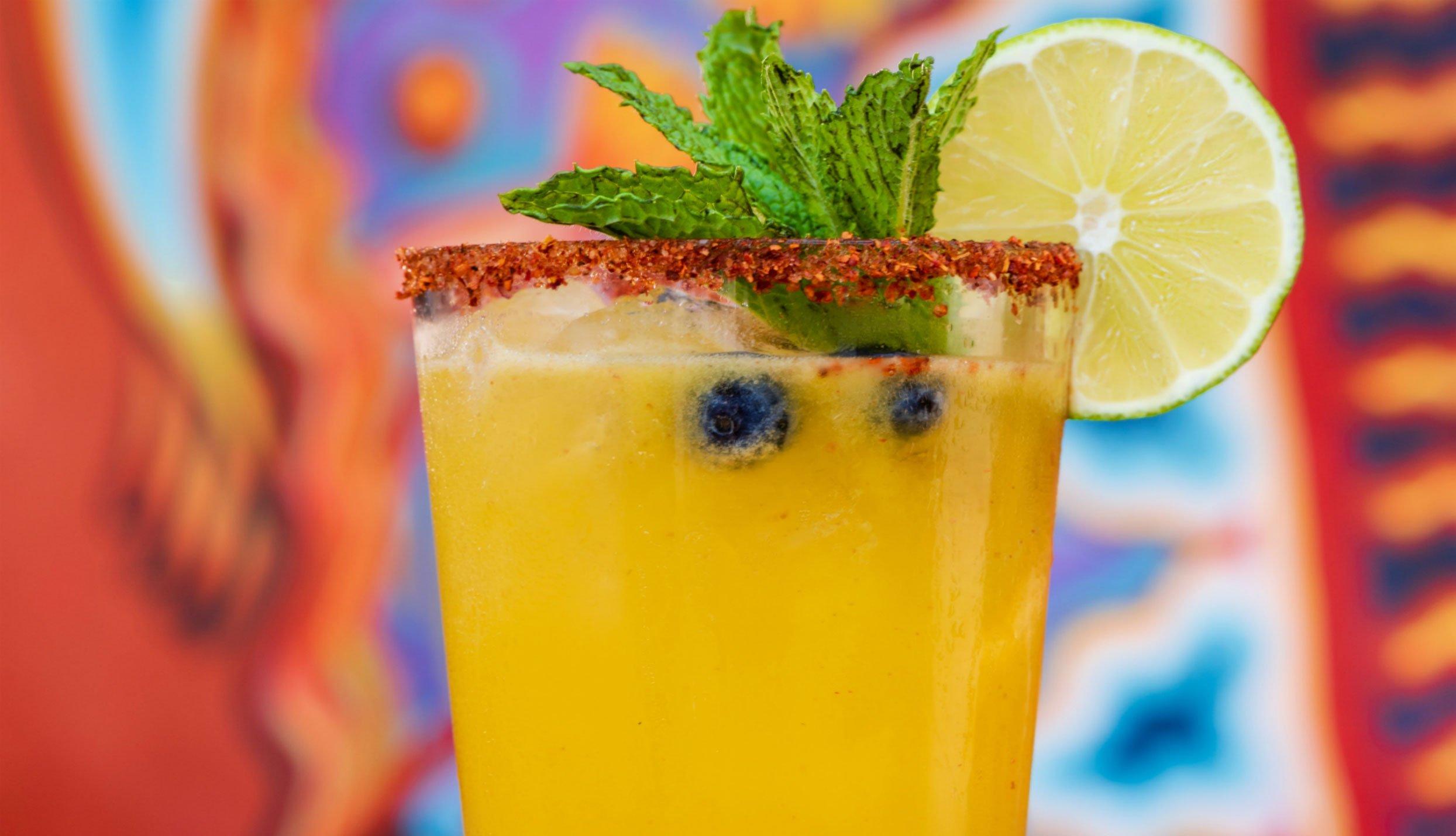 Margarita de mango picante