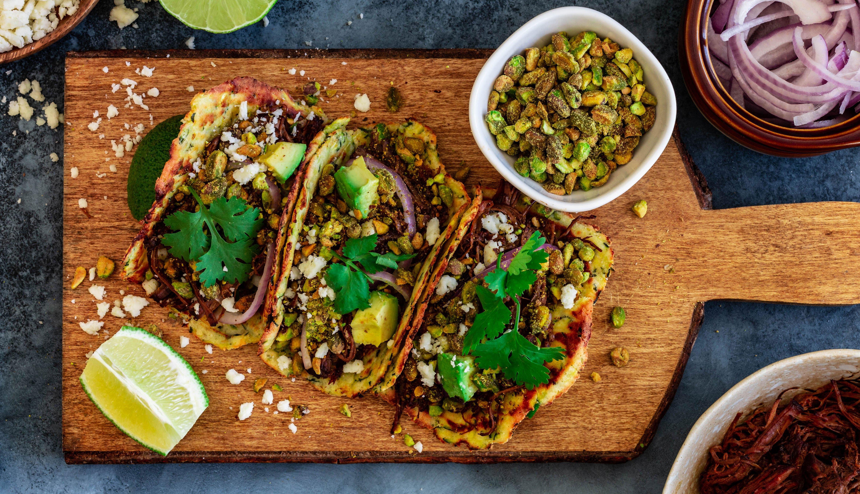 Tacos de carne y tortillas de calabacín