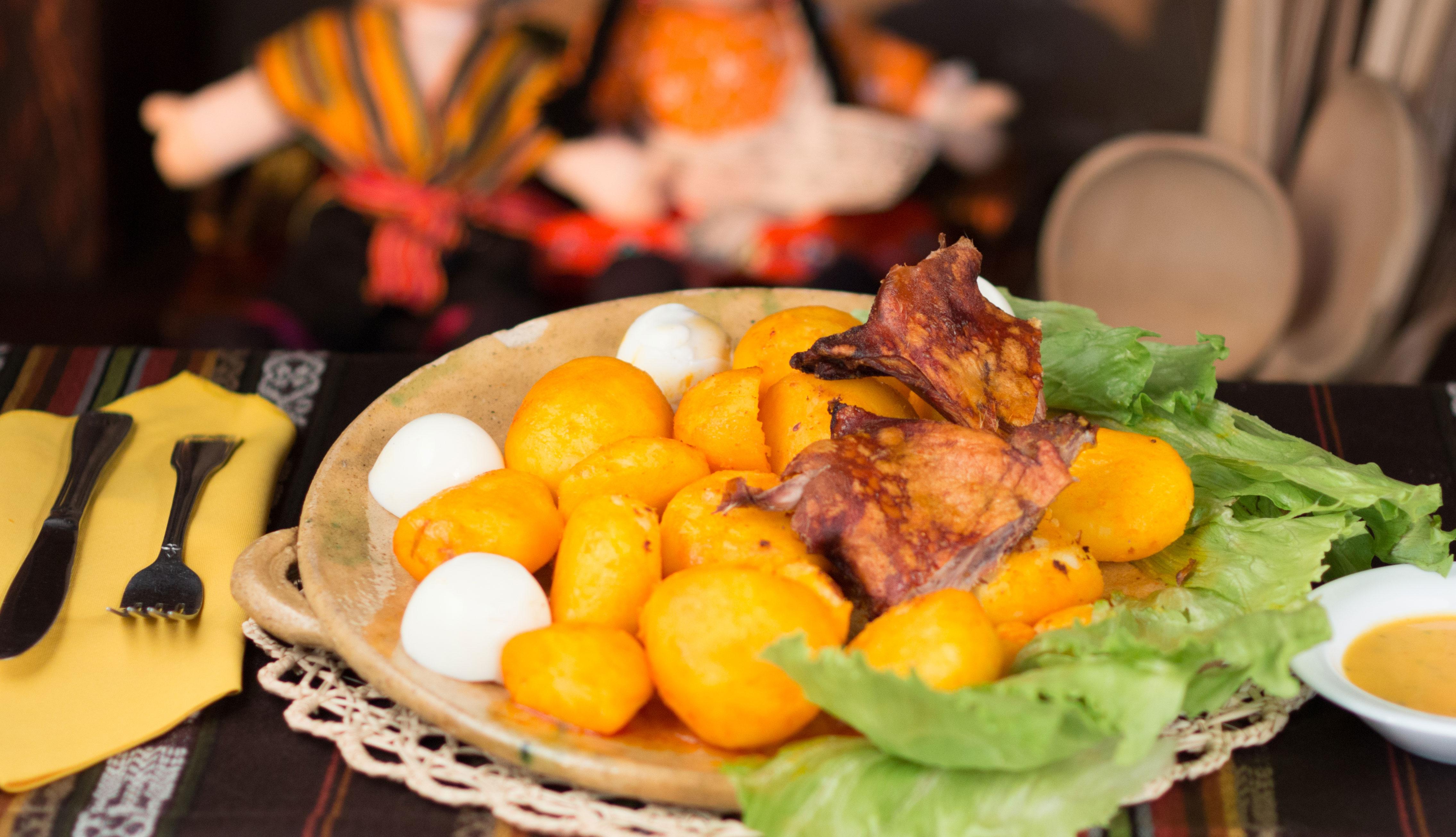 item 3 of Gallery image - Papa amarilla y huacatay