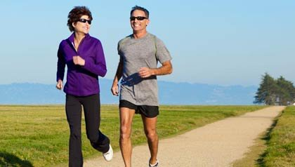 Pareja haciendo ejercicio - Memoria - Ejercicios para el cerebro
