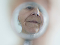 Alzheimers patients show improved cognitive function after cataract surgery to better vision