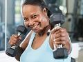 Mujer madura haciendo ejercicios