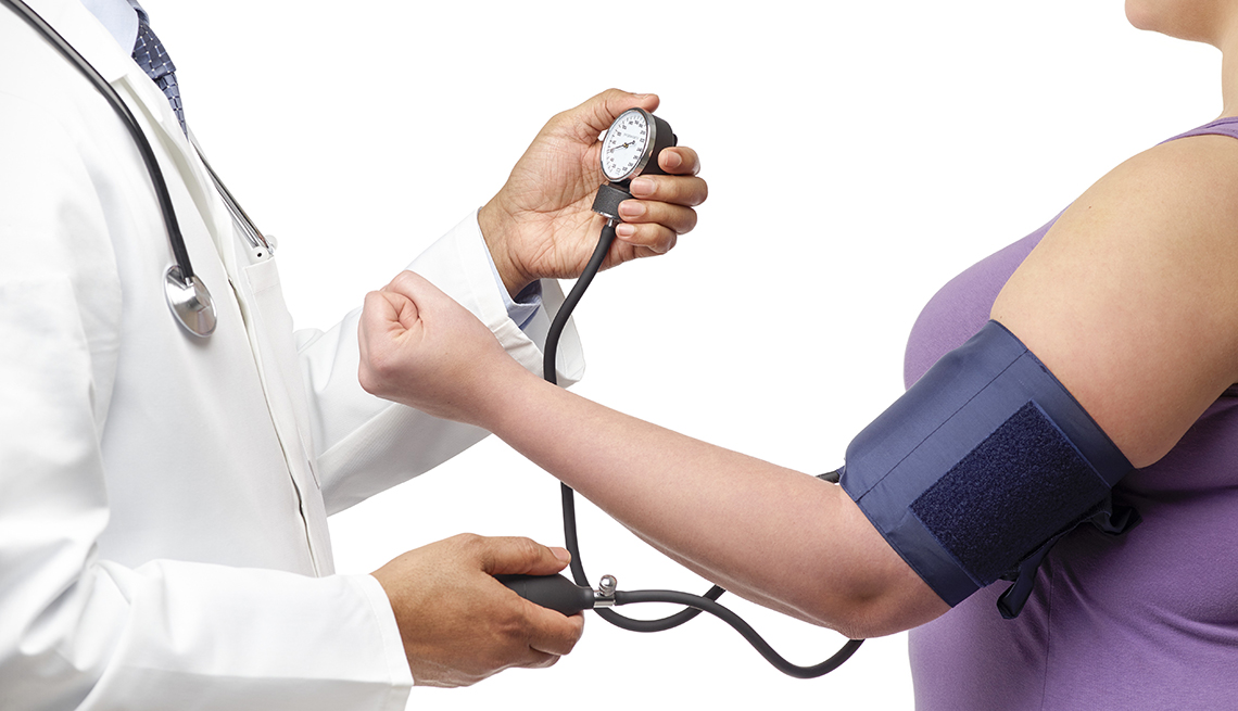 high blood pressure More than 360,000 american deaths in 2013 included high blood pressure as a primary or contributing cause 2 that is almost 1,000 deaths each day high blood pressure increases your risk for dangerous health conditions.