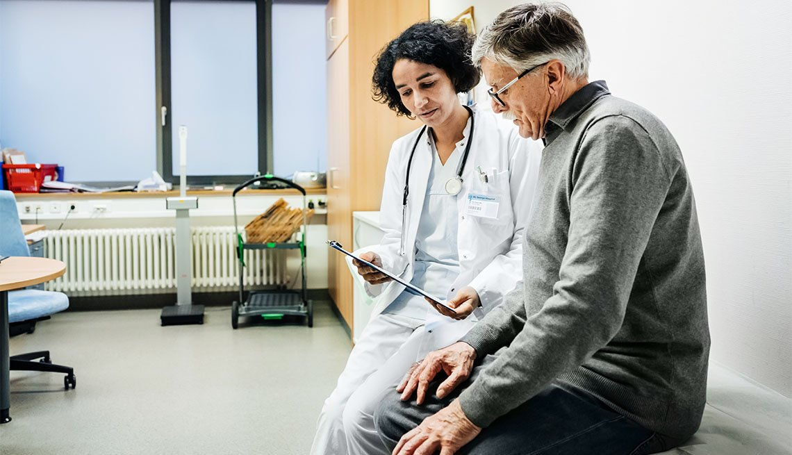 Doctor y su paciente