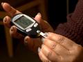 Dr. Oz - El mito de la diabetes vs realidad - Podría ser usted - persona haciéndose un examen de sangre