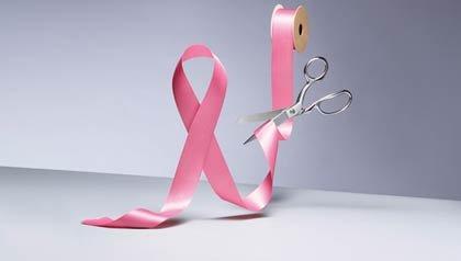 Cinta rosada que simboliza el cancer de seno - Mitos y realidades sobre el cáncer de mama