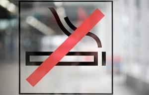 Una señal de no fumar - Cómo prepararse para una cirugía