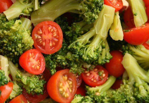 Tomates y brocoli - Mitos y realidades sobre el cáncer y las dietas