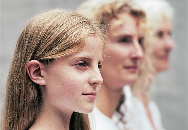 Tres mujeres, generaciones - Mitos y verdades sobre las enfermedades de la tiroides