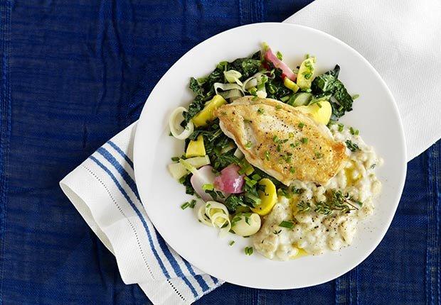 Plato con comida - Cómo cuidar y mantener tus riñones saludables