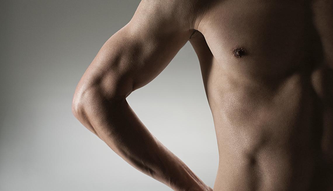 Torso desnudo de un hombre - Cáncer de mama