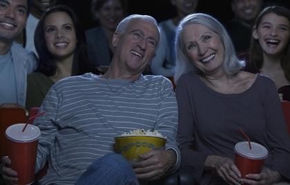 Pareja madura en el cine