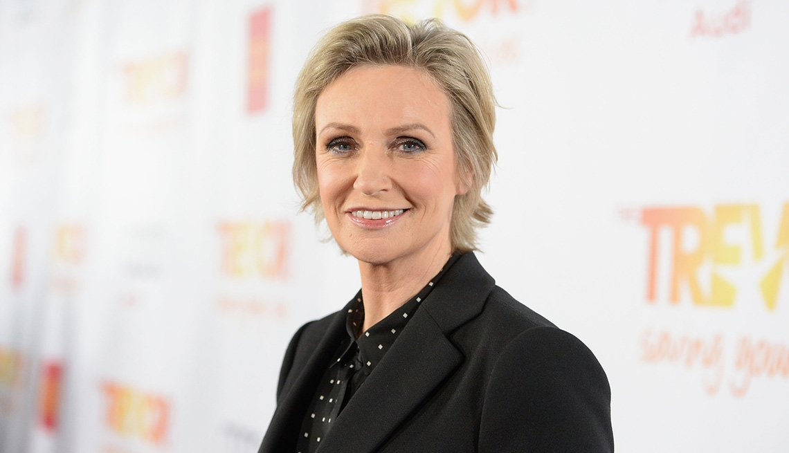 item 15 of Gallery image - Jane Lynch